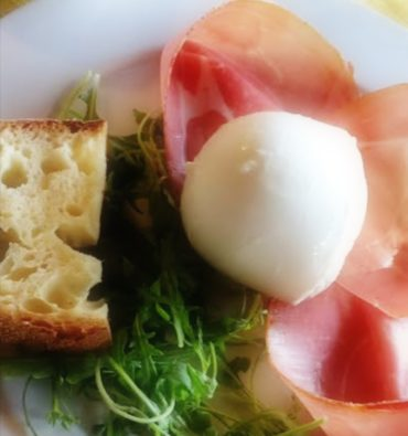 Mozzarella di bufala (200gr) con prosciutto sardo